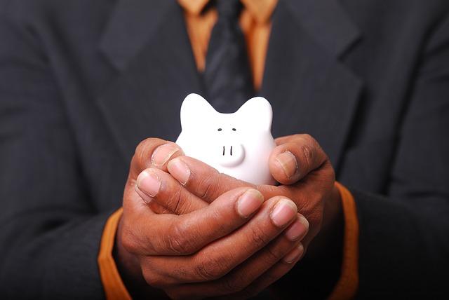 投資信託を100円積立する