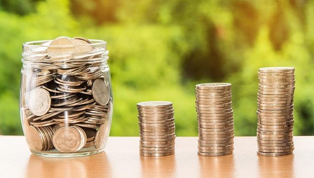 サラリーマンにおすすめの投資法は積立投信